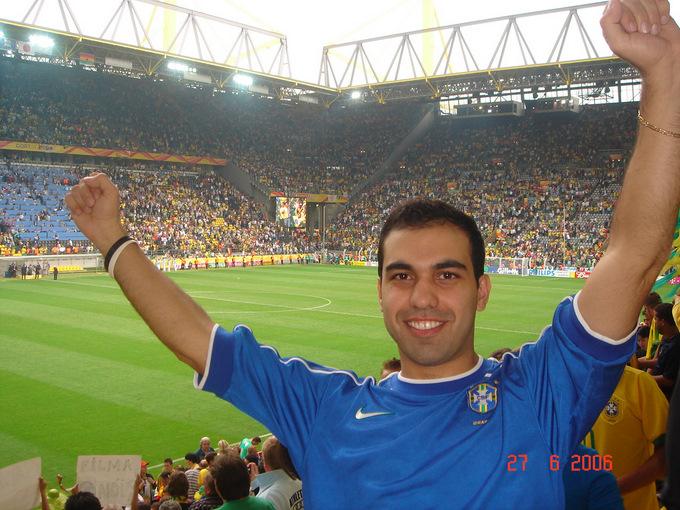 Seu Álbum: Franco Bittar Garcia nas Copas da Alemanha, EUA e ...